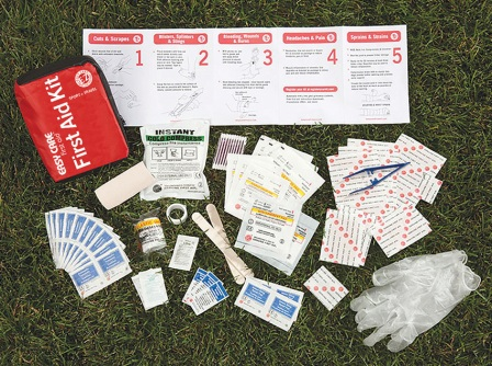 AD0999 Adventure Medical Kits Easy Care First Aid Kit